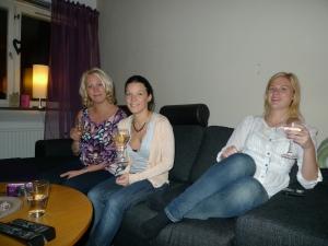 Elinor, Lova, Sara